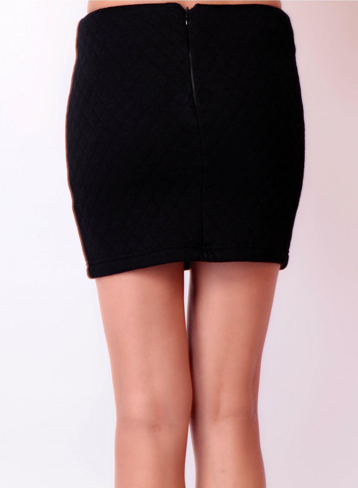 Jupe droite noire : je l'adore purement et simplement au ...